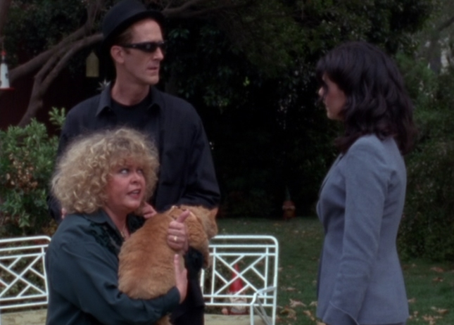 Babette and Mory from Gilmore Girls Gnome Kicking in Episode 1 (Season 1)