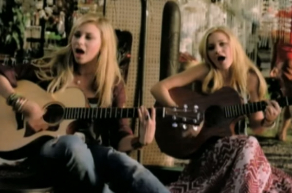 Aly & AJ Rush Music Video Screenshot