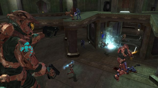 Halo 2 Multiplayer Gameplay Screenshot