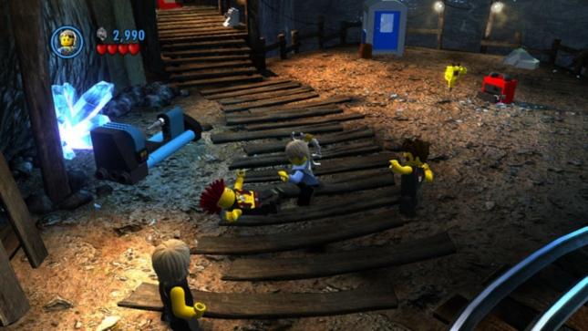 Lego City: Undercover Gameplay Screenshot of Combat System (Wii U)