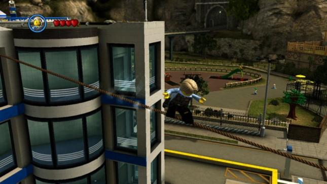 Lego City Undercover Tightrope Walking Screenshot (Wii U)