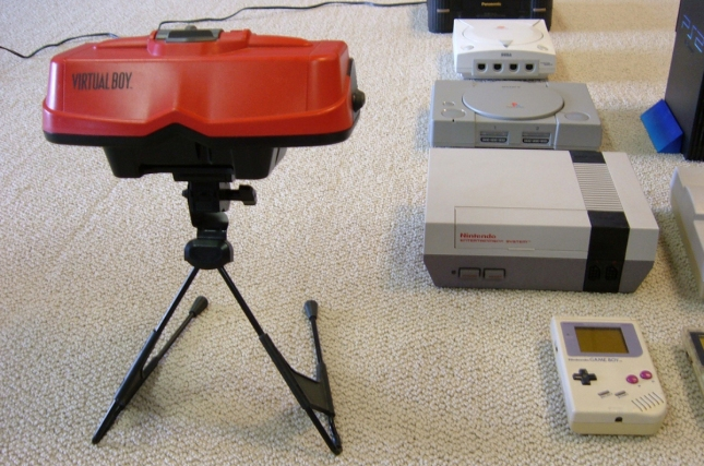 Virtual Boy vs PlayStation 2 and Dreamcast (NES and Game Boy too)